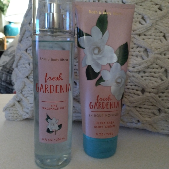 Lotion and body spray set